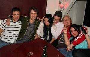 Konrad. Joakim, Daniel, Rebecka, Martin, Harry och Tina