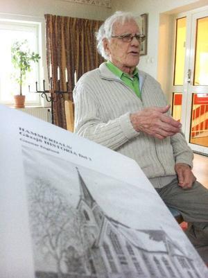 Gunnar Englund är äntligen färdig med sin trilogi, som han arbetar med i över 20 år.