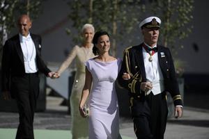 8 juni 2013: Sofia Hellqvist efter vigseln mellan prinsessan Madeleines och Christopher O'Neill.