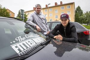 Robert Hallstensson och Jocke Bystedt från Fitted North hoppas på ny succéträff när årets andra bilträff i Birsta arrangeras i slutet av juli.
