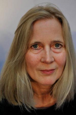 Poeterna dominerar i år. Katarina Frostenson är nominerad för tredje gången, med