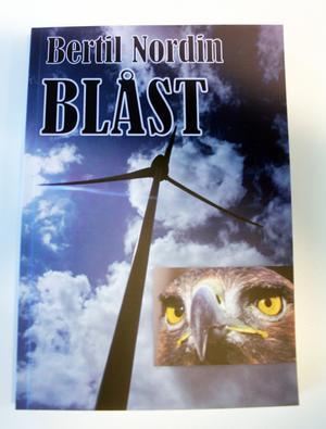Blåst är Bertil Nordins sjätte kriminalroman.