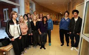 Två av tretton åttondeklassare i Ornäs skola kan tänka sig gå nian i Domnarvet.FOTO: VERONIKA RIGTORP