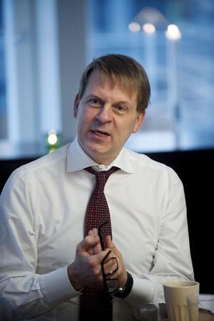 En av tre. Benny Fredriksson är en av de tre chefer som ska hitta Teater Västmanlands nya chef.Foto: Fredrik sandberg/Scanpix