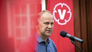 Vill han regera? För Jonas Sjöstedt är det inte en självklarhet att sitta i regeringen. Det kan vara bekvämt för Vänsterpartiet att vara ett oppositionsparti, även med en socialdemokratisk statsminister. Arkivfoto: Rolf Höjer/Scanpix