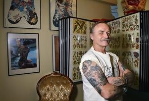 Ove Skog har tatuerat under namnet Doc Forest sedan slutet av 60-talet.
