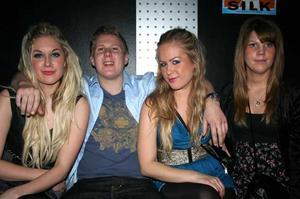 Silk. Isabell, Linus, Anna och Linnea