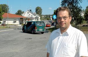 Magnus Svensson jobbar för att skapa en grupp som ska försvara Höga kustens intressen i ambulansfrågor.