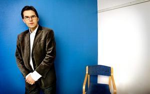 Anders Blåberg, EFS, anser att religionsämnet nedmonteras med förslaget.