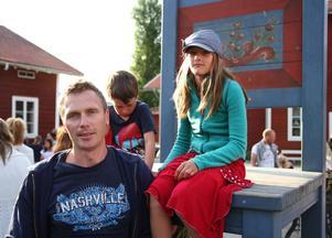 Mattias Mattsson med barnen Moina, 9 år och Milo, 4 år tyckte att det var en bra och spännande föreställning.