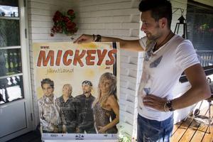 En Mickey's-affisch från 2002.