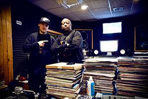 Prop Dylan tillsammans med DJ Premier i New York 2010.