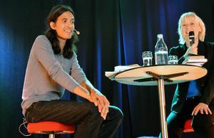 Jonas Hassen Khemiri samtalade om att röra sig utanför normen med Annelie Lanner.