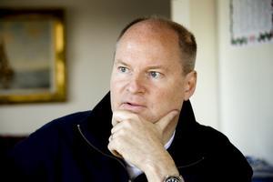Anders Jalla har börjat diskutera filmrättigheter för Spionen på FRA.
