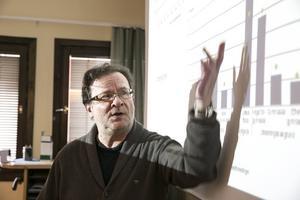 Jan Sundqvist är fristående arbetsmarknadsanalytiker med ett förflutet på Arbetsförmedlingen.