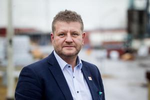 Sågverkschef Christer Rosén är nöjd med koncernledningens besök.