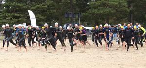 32 startande blev det till slut i det fjärde Söderhamns Skärgårds Triathlon.