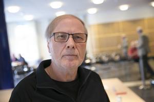 Roland Johansson, SD:s ordförande för valberedningen i distriktet, vill inte kommentera.