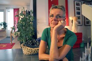 – Jag undrar också vad det är man letar efter i en sommarstuga nu på hösten. Då tar man ju hem allt av värde, säger Gunilla Frid-Nilsson.