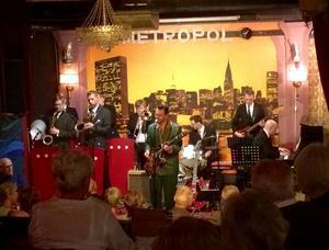 Big Band Splash uppträdde under fredagskvällen på Metropol, i Härnösand.