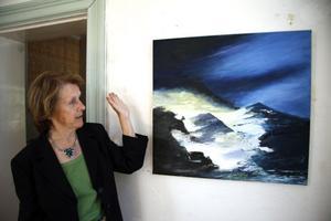 Ulla-Britta Hills Glaciär började som en målning av en mörk himmel med norrsken och slutade med fjäll och en smältande glaciär.
