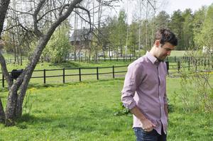 Pau Bota och hans kollegor känner oro över beskedet att HVB-hemmet i Mårtsbo ska gå i graven.