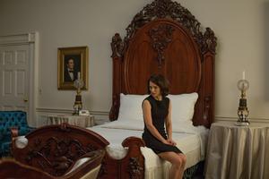 Natalie Portman har hyllats för sin roll som Jackie Kennedyi Pablo Larrains