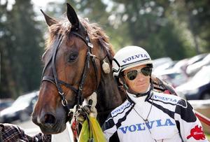 Bosse Eklöf tog hem championatet i Hoting på fredagskvällen.    Här på en arkivbild med hästen Mira Win.