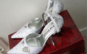 Skor till festen eller bröllopet finns också att hyra hos Sandra.FOTO: KERSTIN ERIKSSON
