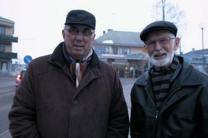 Lars-Erik Häggblom och Axel Sköldmark konstaterar att Jesus kom för ett kors. Det fanns ingen annan utväg.