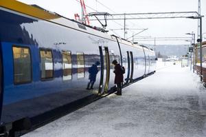 Priset för en tågbiljett mellan Husum och Örnsköldsvik har höjts med nästan 50 procent. Nu kostar en enkel resa 67 kronor, jämfört med tidigare 45 kronor. Men det är tekniken som spökar.