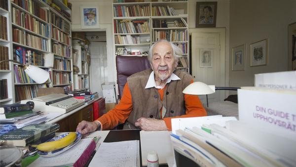 Lennart Hellsing blev 96 år gammal.