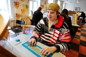 Johan Lundqvist var på Arbetsförmedlingen för första gången och skrev in sig.Foto: Ulrika Andersson