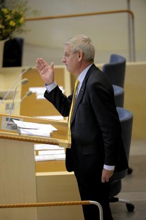 Omstridd. Utrikesminister Carl Bildt blir aldrig svaret skyldig, men får kritik för att vara väl försiktig med öppna ställningstaganden.foto: scanpix