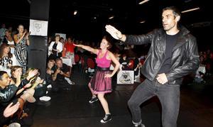 Bandyspelaren Ted Andersson och hans danspartner Paulina Stenbäck var de som charmade publiken bäst.
