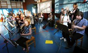 Skolorkestern i Vallsta avslutade med See you later och Rockrök.