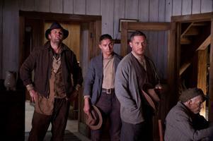 """""""Lawless"""" skildrar fotfolket under förbudstiden i USA. Här Jason Clarke, Shia LaBeouf och Tom Hardy."""
