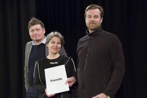 Henrik Bruveris var den som med hjälp av Stefan Nordlund bjöd in Pernilla Ackerman för att utbilda personal, föräldrar och elever om nätmobbning.