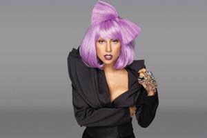 Blir Lady Gaga popdrottning 2011?