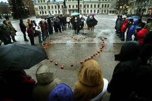 Fem-i-tolvrörelsens manifestation på Stora torget samlade ett 50-tal medmänniskor.