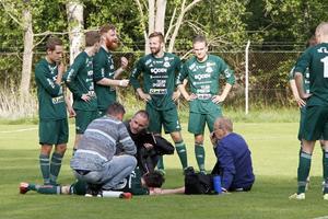 Sandvikens IF:s assisterande tränare Jens Dahlqvist fick rycka ut när Bodens anfallare Adam Johnson kolliderade med egen målvakt och inte fick luft i matchen mot Strömsberg. Dahlqvist jobbar till vardags på räddningstjänsten i Sandviken.