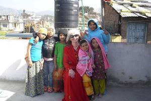 Carina Aynsley har tidigare arbetat som volontär på barnhem i Nepal.