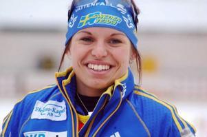 Elisabeth Högberg var längde den bästa skytten av alla i världscupen förra säsongen. Med bättre åktider...