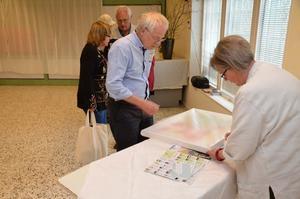 Deltagarna i Kulturglimtar lämnade in alster till samlingsutställning