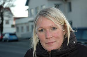 Frida Lennartsson, 36, bankrådgivare, Östervåla.– Jag vet inte, det är så få gånger jag är här. Men det känns nergånget och slitet i centrum. Man borde rusta upp det.