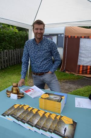 Markus Fernlund marknadsförde och sålde sin färska bok.