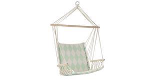 Den harlekinrutiga hängstolen passar i små utrymmen under tak. Från Bloomingville, 869 kronor.