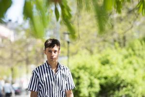 Daniel Adams-Ray är tillbaka med ny musik.