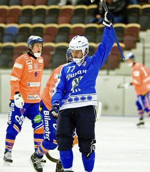 Sami Laakkonen sänkte Bollnäs med sina tre mål i avgörande gruppspelsmatch.