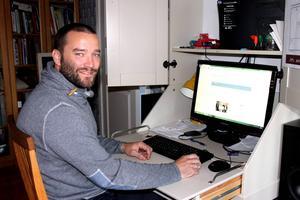 Från en idé till verklighet har Jonas Boström skapat ett webbfilter, som stoppar handel med livsfarliga, men lagliga nätdroger.
